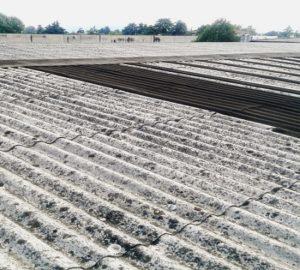 foto piccola tetto smaltimento amianto