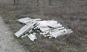 tegole per terra smaltimento amianto