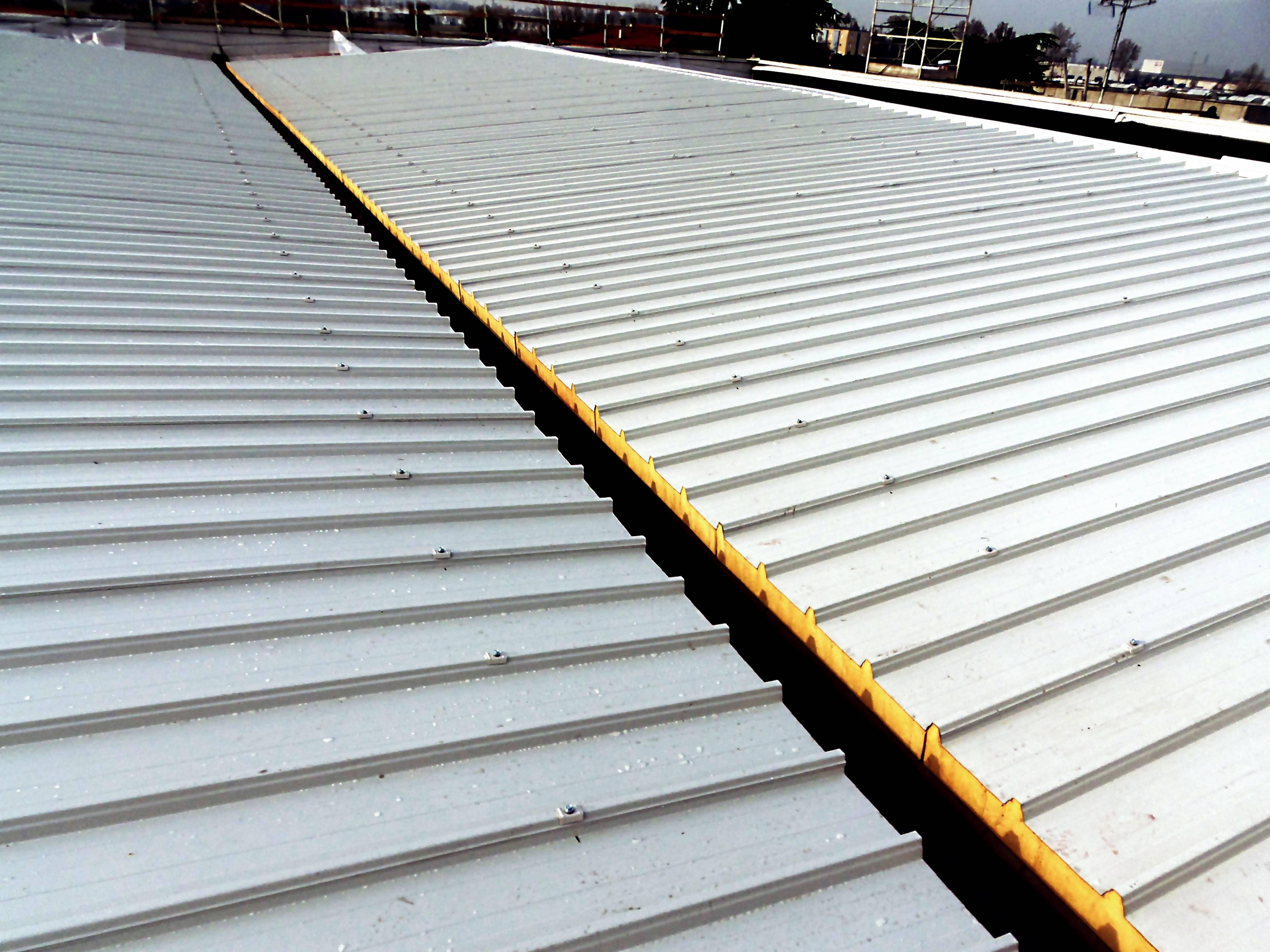 tetto aperto smaltimento amianto