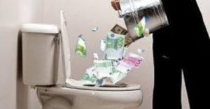 soldi buttati smaltimento amianto